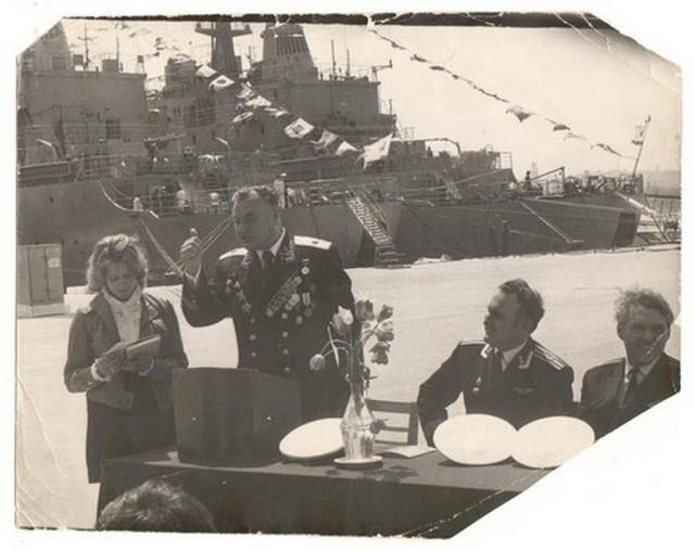 Я с В.Т.Проценко на  корабле на торжественном приеме  в честь Дня победы