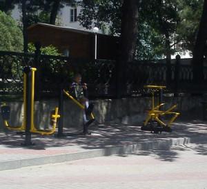 Уличные тренажеры Геленджик