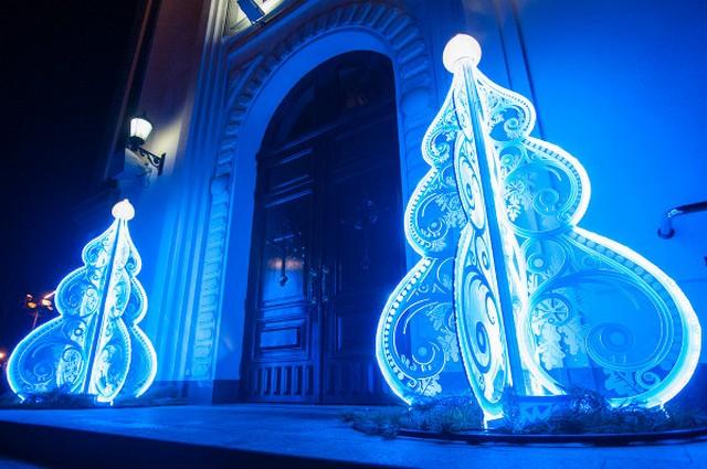 Необычные новогодние елки в Краснодаре 8