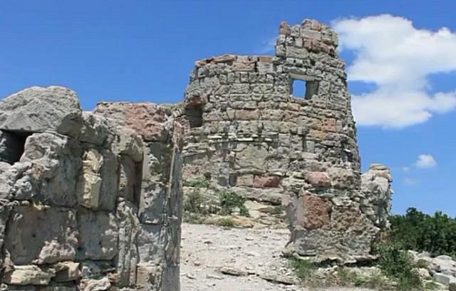 Крепость Грозовые ворота 3