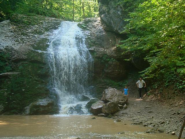Водопады Руфабго 1