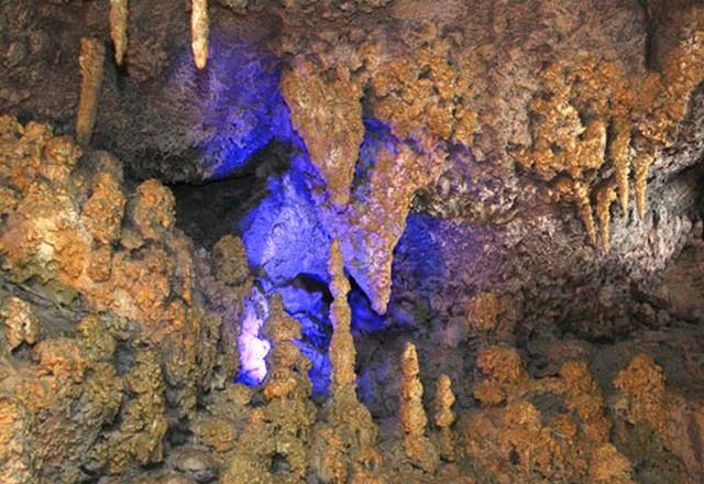 Пещера фото 2