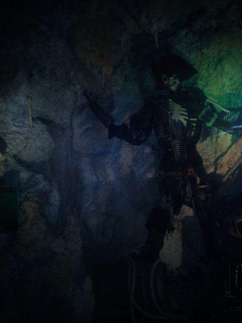 Пещера 12