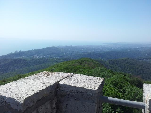 Вид со смотровой башни Ахун Сочи 1