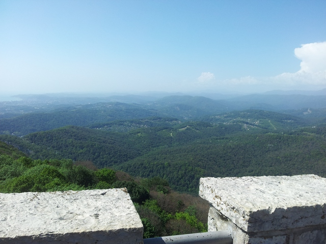 Вид со смотровой башни Ахун Сочи 3