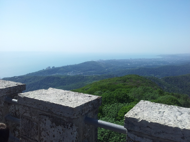 Вид со смотровой башни Ахун Сочи 5