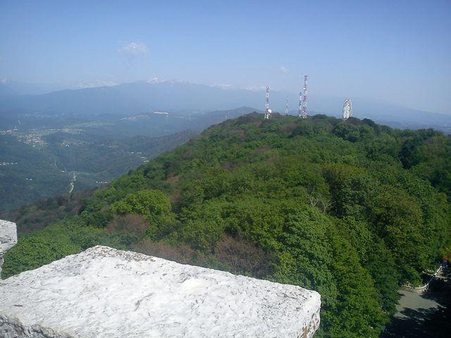 Вид со смотровой башни Ахун Сочи 6