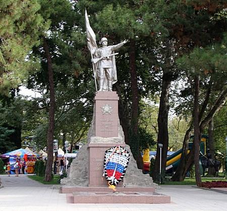 Памятник Воину-Победителю Геленджик