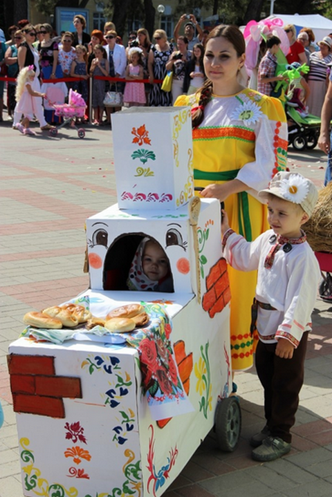 Парад колясок в Геленджике 2013 - 1