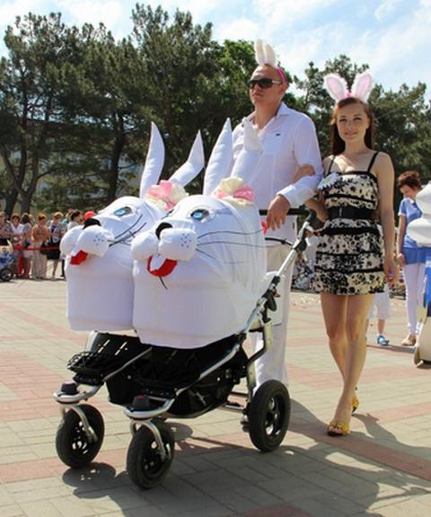 Парад колясок в Геленджике 2013 - 2