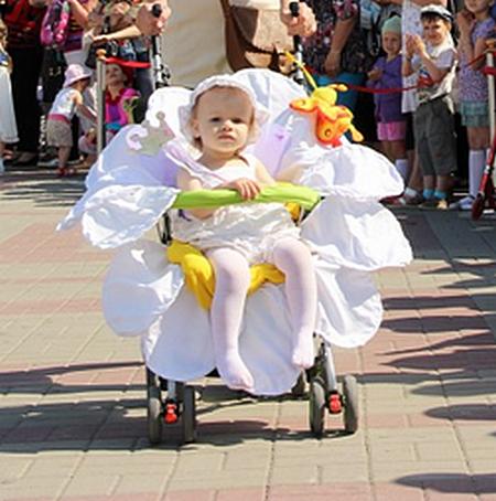 Парад колясок в Геленджике 2013