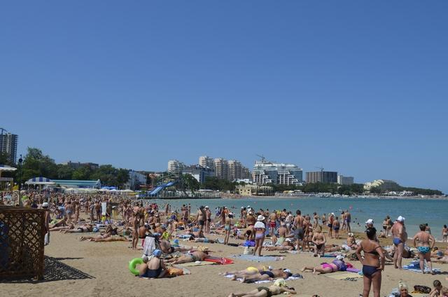 Геленджик центральный пляж