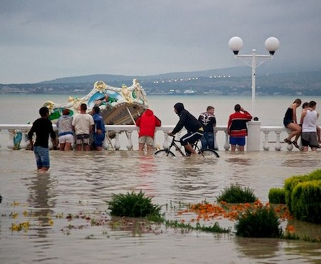 фото 2012 геленджик июль наводнение