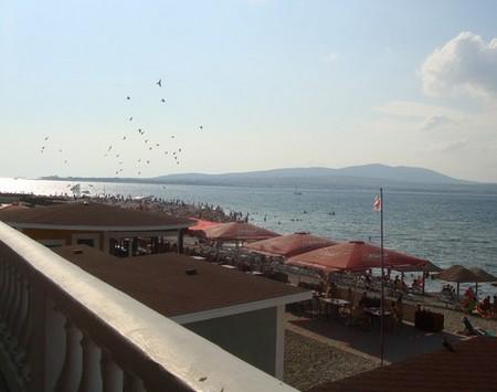 Пляжи Толстого мыса Геленджика