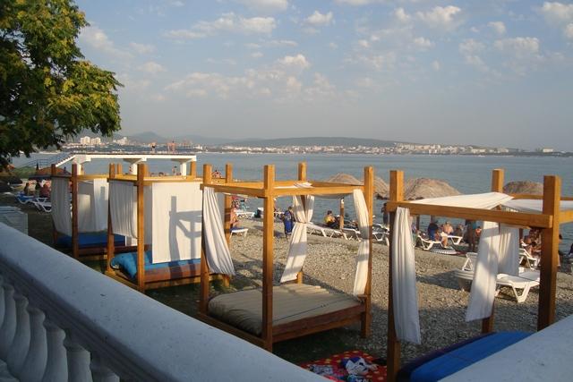 Строитель пляж 2