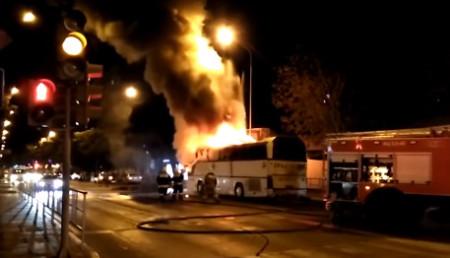 zagorelsya-avtobus