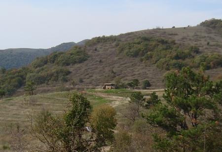 dolmeny-gory-neksis