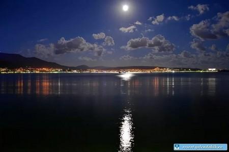 Геленджик ночью