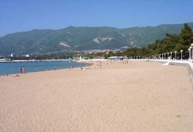 Пляж-Геленджика